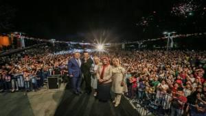 Ferhat Göçer Festivale katılanları çoşturdu