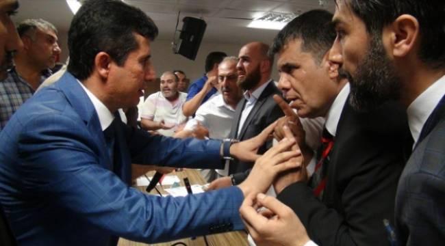 Gazintepspor kongresinde olaylar çıktı