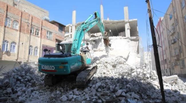 Şanlıurfa'da kaçak yapı yıkıldı - Video Haber