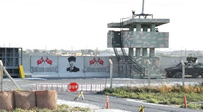 Şanlıurfa Sınırına Atatürk portresi ve Türk Bayrağı Çizildi
