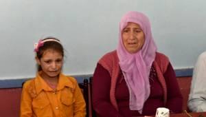 Şehit annesi çocuklara sarılarak ağıtlar yaktı