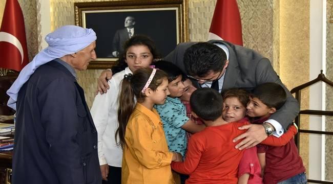 Şehit öğretmenin Öğrencileri Vali Memiş'i ziyaret etti