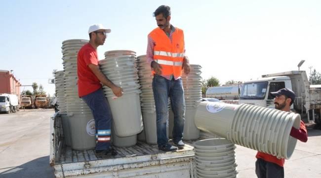 Siverek'te 5 bin esnafa çöp kutusu dağıtıldı