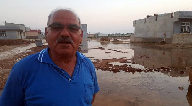Suruç'ta Tarımda kullanılan su mahalleyi bastı