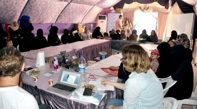 Unicef, Suriyelilere erken yaşta evliliğin sakıncaları anlattı