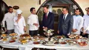 Urfa'nın Yöresel Yemeklerin Yaşatılıyor-Videolu Haber