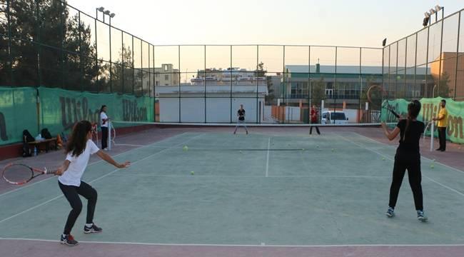 Urfalı Sporcuları Teniste İddialı-Videolu Haber