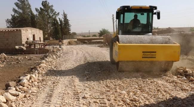 Akçakale'nin Suruç sınırında yol çalışması-Videolu Haber