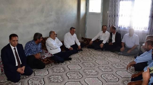 Bakan Fakıbaba, Şehit Ailelerini Ziyaret Etti