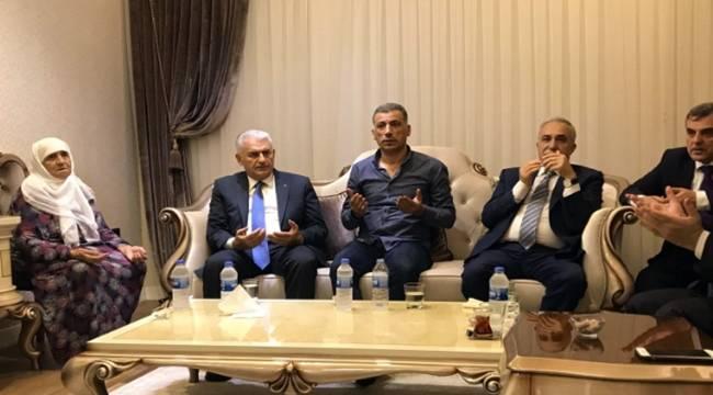Başbakan Yıldırım'dan 15 Temmuz şehidinin ailesine ziyaret