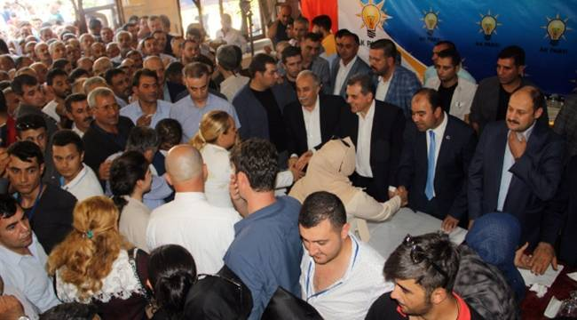 Fakıbaba Urfa'da İki Saat Boyunca Tokalaştı