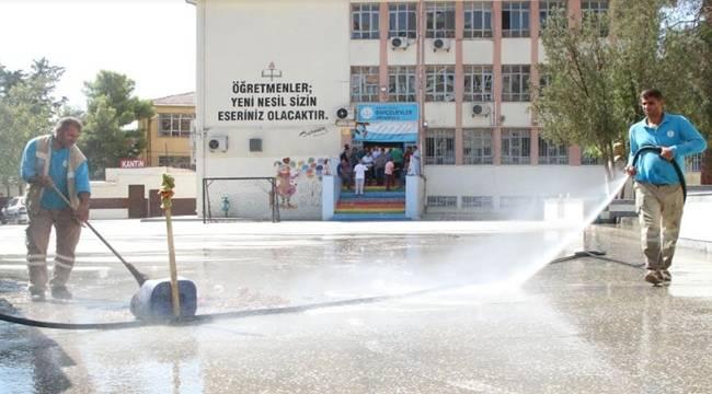 Haliliye'de Okul Bahçeleri Temizleniyor-Videolu Haber