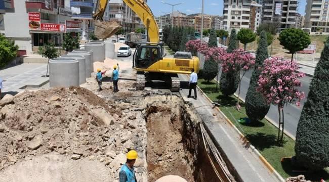 Karaköprü'de drenaj hatları döşeniyor-Videolu Haber