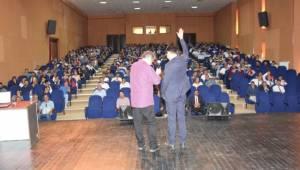 Okul idarecileri ve öğretmenlere konferans