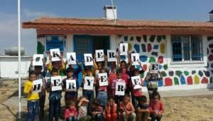 Sosyal Medya'dan okul tadilatı için toplandılar