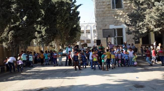Suriyeli Yetim çoçuklara bayram etkinliği