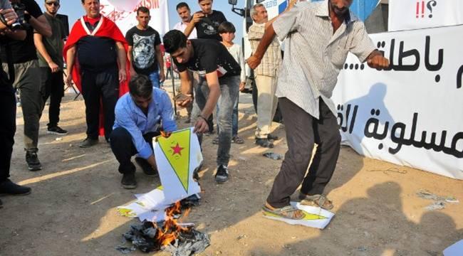 Suriyeliler PKK-PYD için Miting Düzenledi