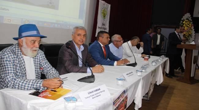 Türk Futbolunda Altyapısı Şanlıurfa'da Konuşuldu