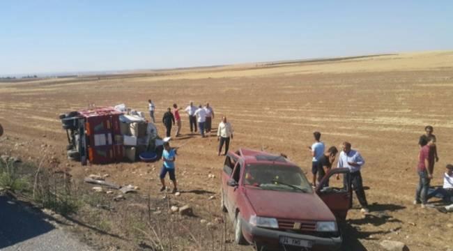 Urfa-Antep Yorunda kaza, 3 yaralı