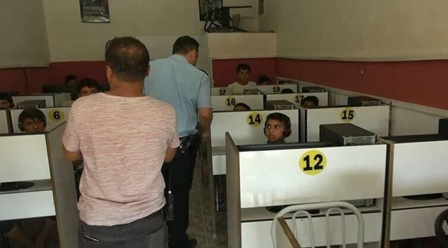 Urfa'da 250 polisle internet kafeler denetlendi