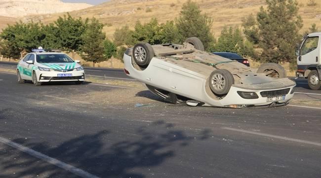 Urfa'da otomobil takla attı, 3 Yaralı