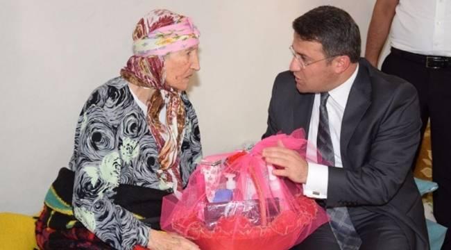 Viranşehir'in Asırlık Çınarına Ziyaret-Videolu Haber
