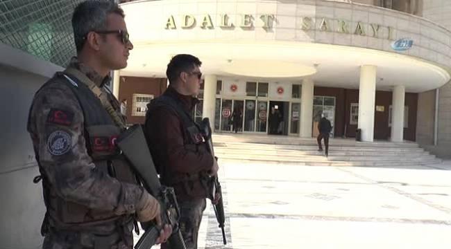 Yakalanan 4 DEAŞ'lı adliyeye çıkarıldı