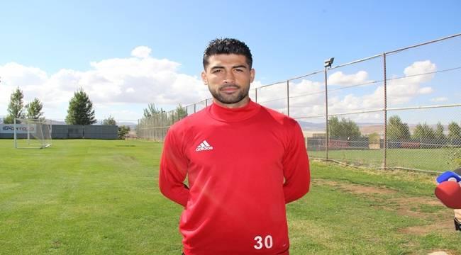 Ahmet Aras, Şanlıurfaspor'da çizgide oynadım
