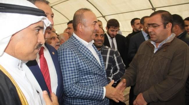 Bakan Çavuşoğlu Irak ve Suriyeli muhaliflerle bir araya geldi