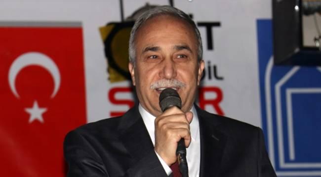 Bakan Fakıbaba,bu bayrak Türkiye'de yaşayan herkesin