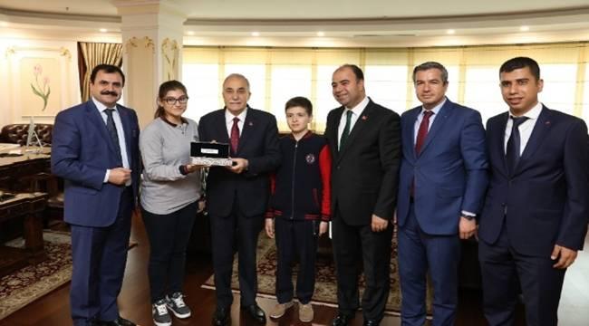 Bakan Fakıbaba'ya bilim şenliği daveti-Videolu Haber