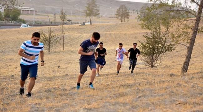 Ceylanpınar'da Özel Harekat sınavında 40'ın üzerinde genç başarılı oldu