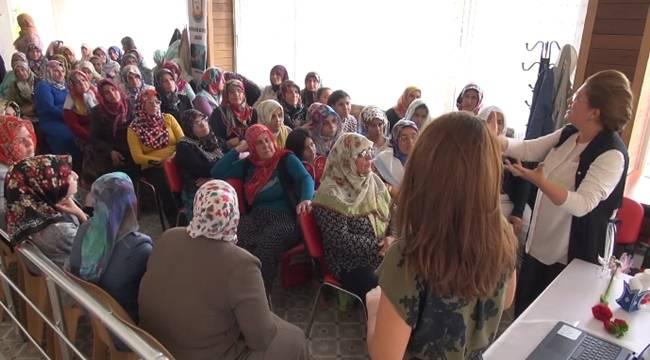 KADEM'den Urfalı Kadınlara Konferans-Videolu Haber