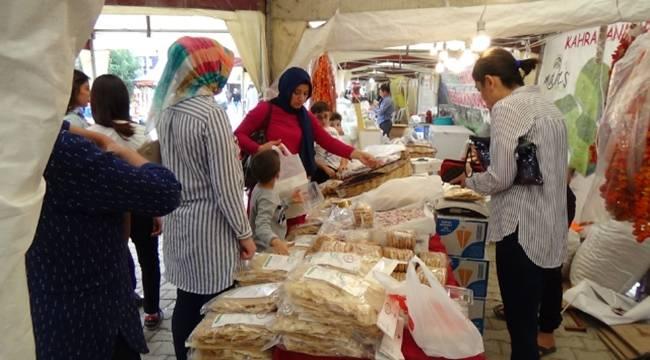 Kadirli'de Yöresel Ürünler Fuarı açıldı