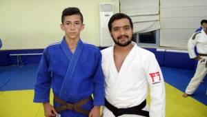 Mehmet Ali Ravi'nin yeni hedefi dünya şampiyonu olmak
