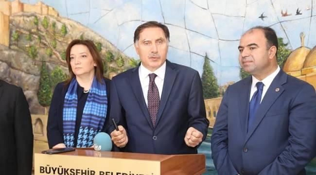 Ombudsman Şeref Malkoç Belediyeyi ziyaret etti-Videolu Haber