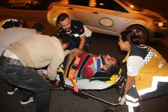 Otomobil at arabasına çarptı: 1 yaralı