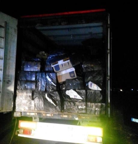 Şanlıurfa'da 37 bin paket kaçak sigara ele geçirildi