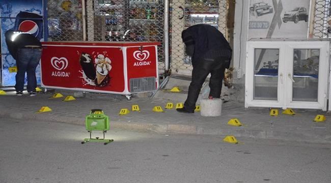 Şanlıurfa'da Silahlı Çatışma, 6 araç ve 5 iş yeri hasar gördü