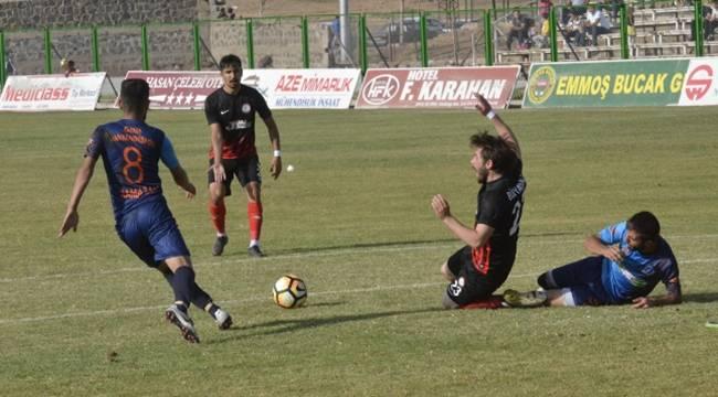Siverek Belediyespor, Hankendispor'u 3-1 Yendi