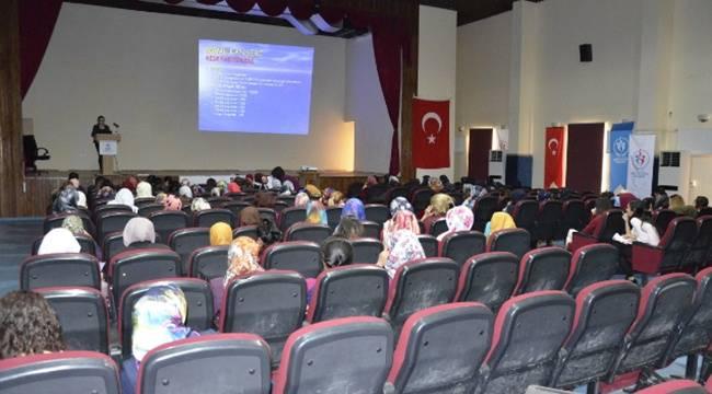 Siverek'te Kanserde erken teşhis semineri düzenlendi
