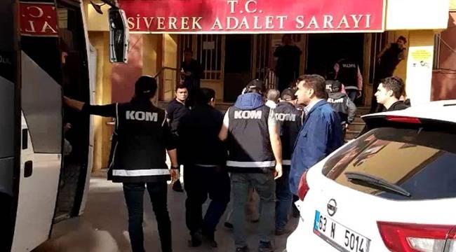 Tapu müdürlüğünden 10 kişi tutuklandı
