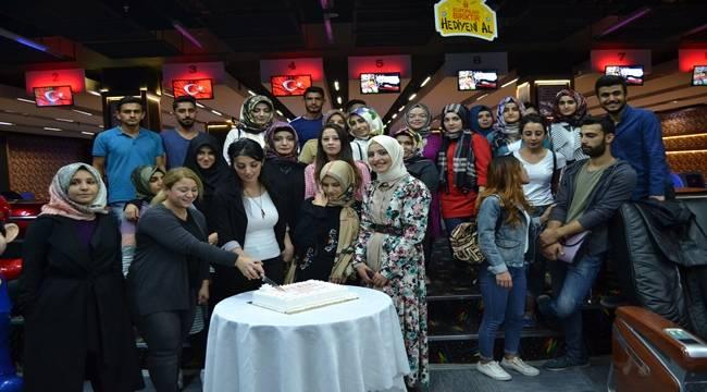 Üniversiteli Gençler Bowling Turnuvasında Hünerlerini Sergiledi
