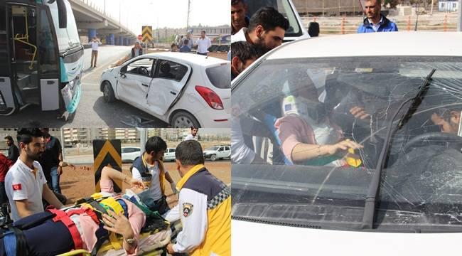 Urfa'da Halk otobüsü otomobile çarptı