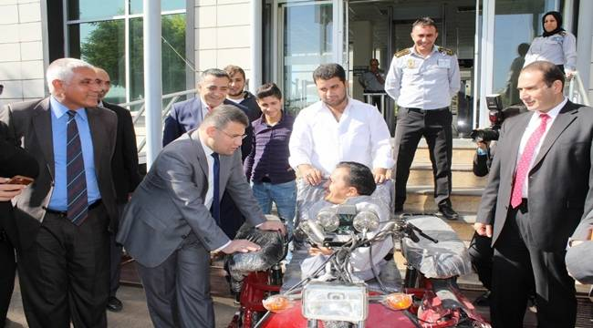 Viranşehir'de Engelli Vatandaşa Motosiklet-Videolu Haber