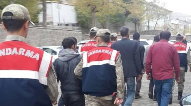 150 kişiyi dolandıran sahte hakim ve polisler tutuklandı