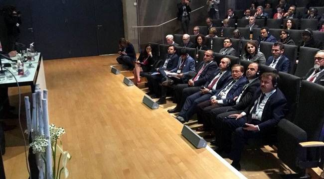 Başkan Kara Şehir ve Göç konulu konferansa katıldı