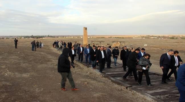 Büyükelçiler Harran'ı Ziyaret Etti