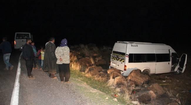 Evlerine Dönen Urfalı Tarım İşçileri Kaza Yaptı, 9 Yaralı