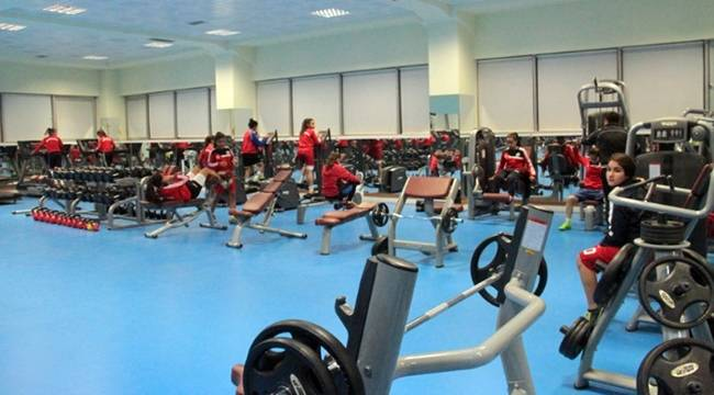Fitness salonu Urfalılara Ücretsiz Hizmet Veriyor